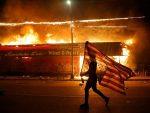 香港暴徒和警察都看好了!「民主的美國」將如何對付明尼蘇達騷亂